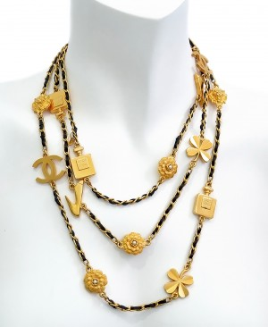 CHANEL Vintage Charms Long Necklace